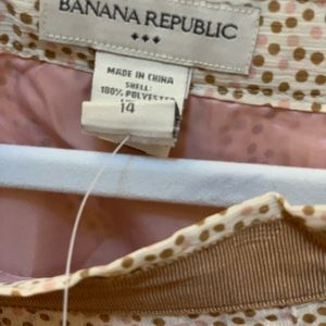 Banana Republic Skirts - Banana Republic skirt, NWT, size 14